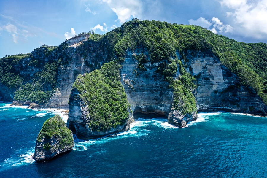 Banah Cliff Point in Nusa Penida, Bali