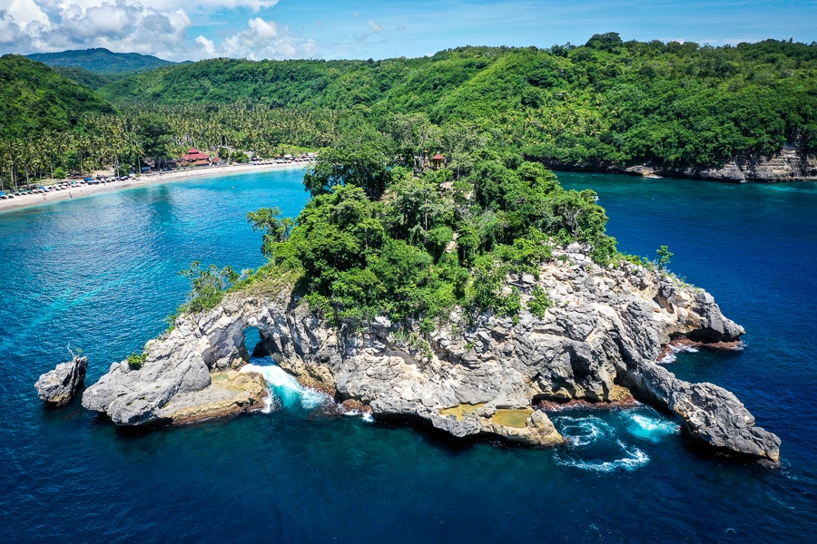 Aerial view of the small island in front of Crystal Bay in Nusa Penida, Bali