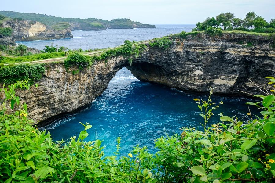 Broken Bay in Nusa Penida Bali