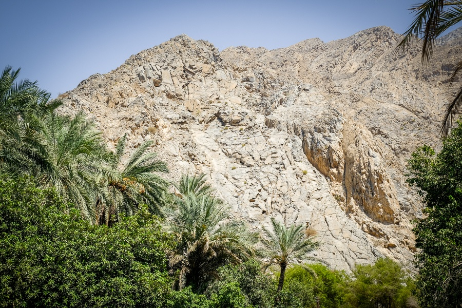 Mountains at the Al Thowarah hot springs in Oman