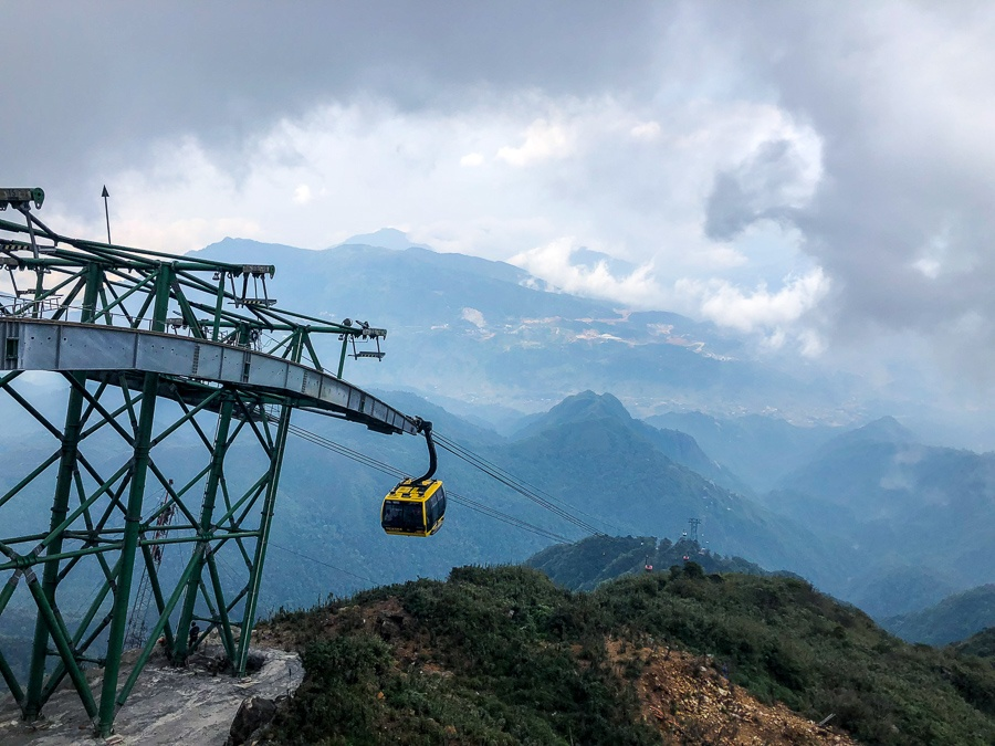 Cable car in the foggy mountains at Fansipan in Sapa, Vietnam