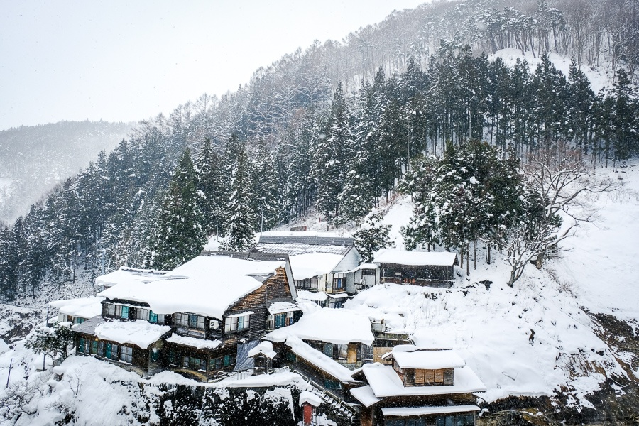 Snowy mountain village at Jigokudani in Nagano Japan
