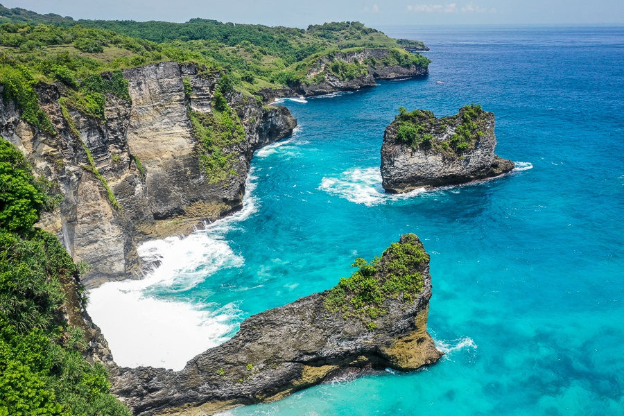 Korawa Beach viewpoint in Nusa Penida Bali