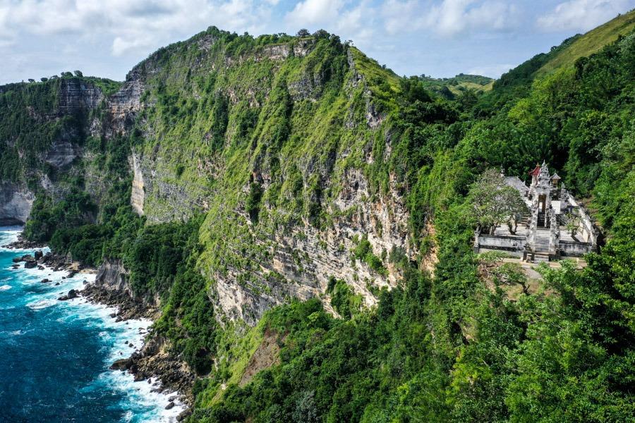 Manta Point Overlook Temple Nusa Penida Bali