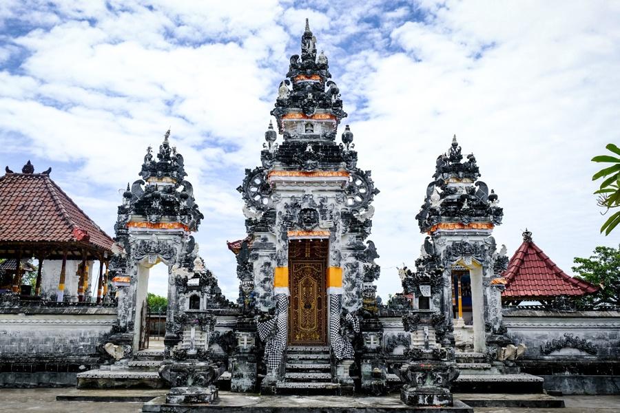 Pura Paluang temple gate in Nusa Penida Bali