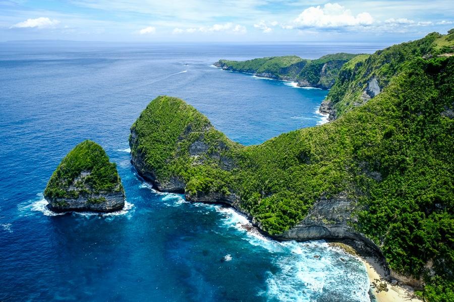 Paluang Cliff Viewpoint in Nusa Penida Bali
