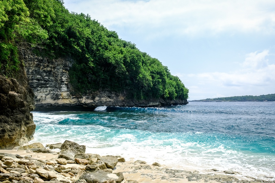 Puyung Beach rocks and cliff in Nusa Penida Bali