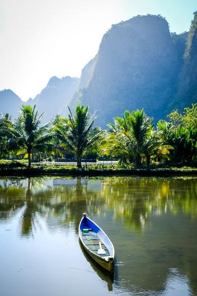 Berua village mountains and canoe