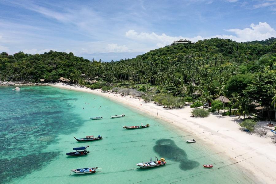 Haad Tien Beach in Koh Tao