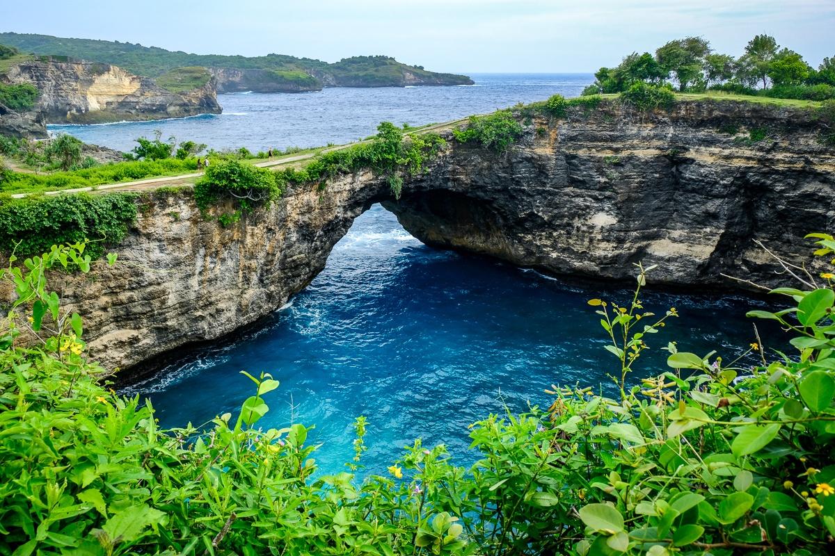 Broken Beach Nusa Penida - Natural Bay In Bali