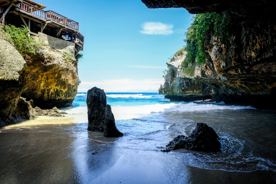 Suluban beach cave in Bali