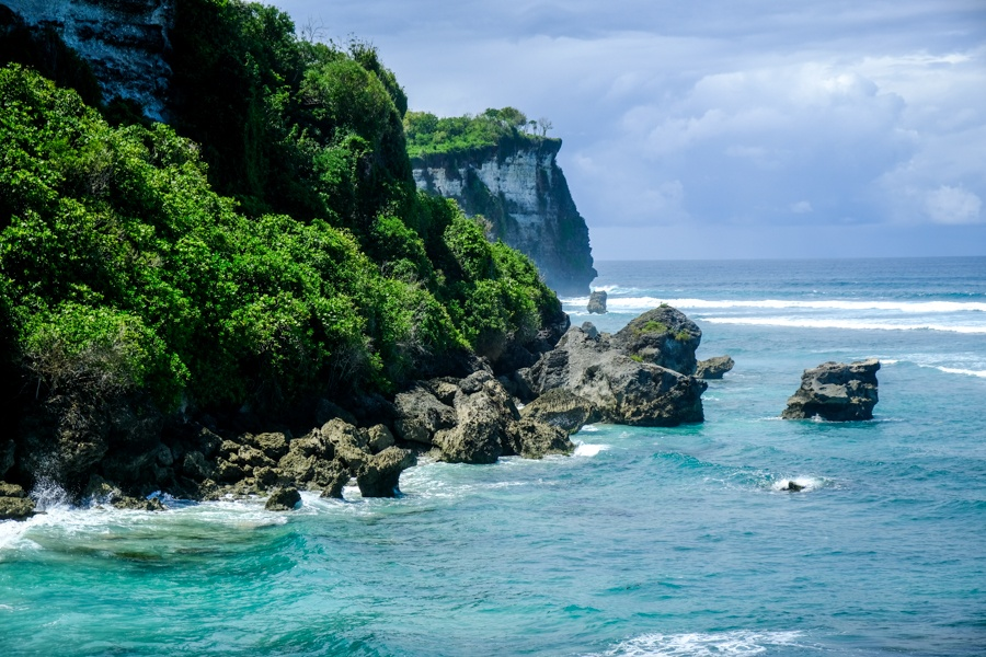 Suluban cliffs in Bali