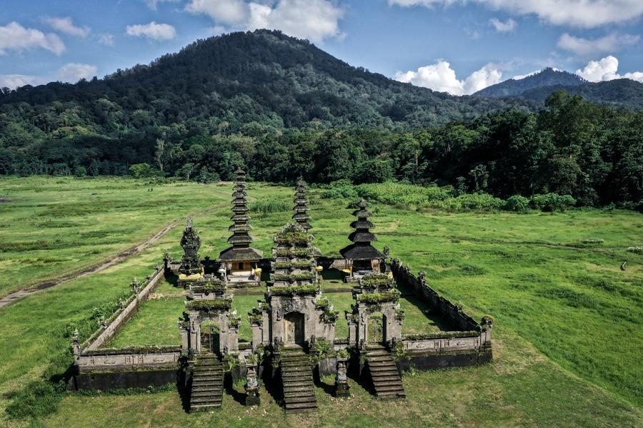 bali drone photography tamblingan temple