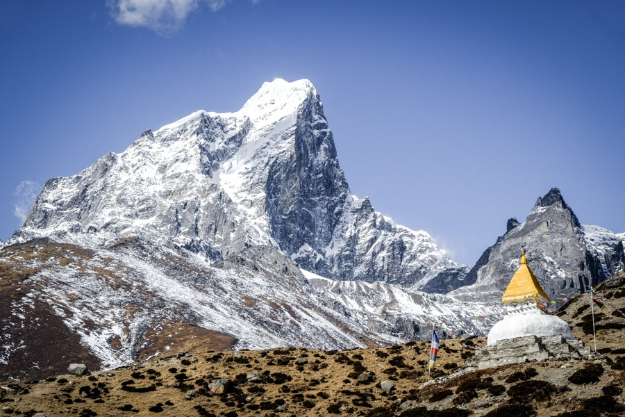 Stupa and mountain near Dingboche on the Everest Base Camp Trek in Nepal