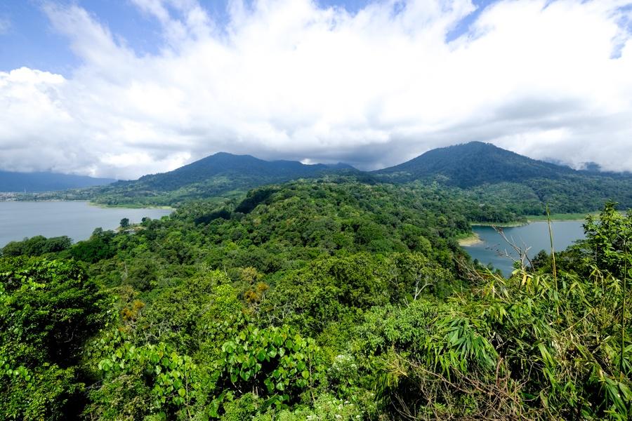 Munduk twin lakes viewpoint in Bali