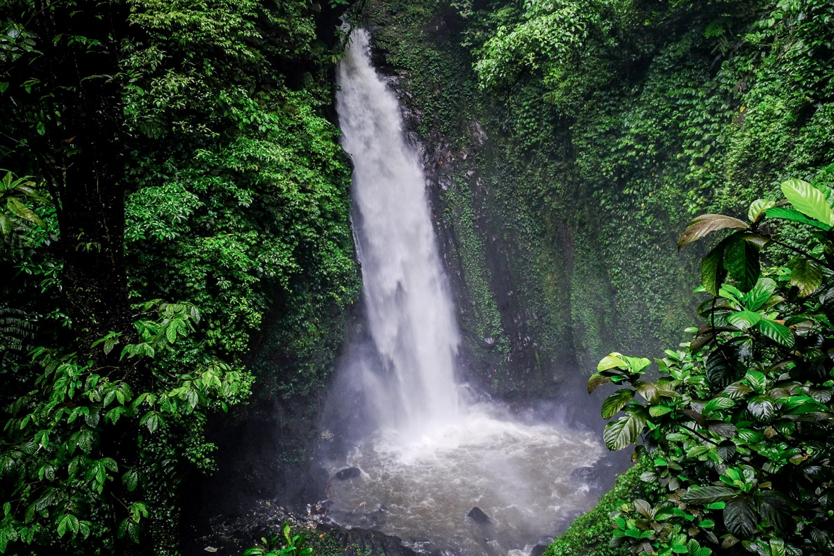 Air Terjun Kanderawatu Waterfall in Tomohon Sulawesi
