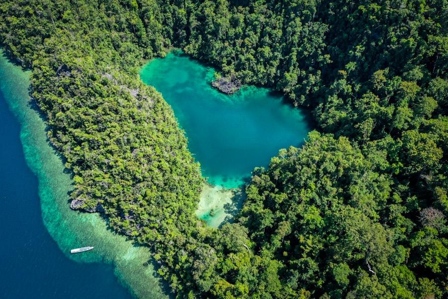 Danau Tobelo lagoon drone picture in Labengki