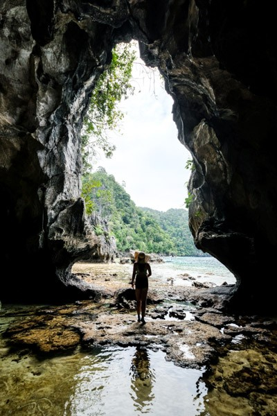 Gua Allo Cave in Sulawesi