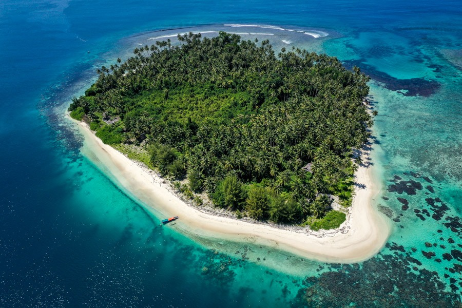 Drone picture of Pulau Tailana Island in the Banyak Islands