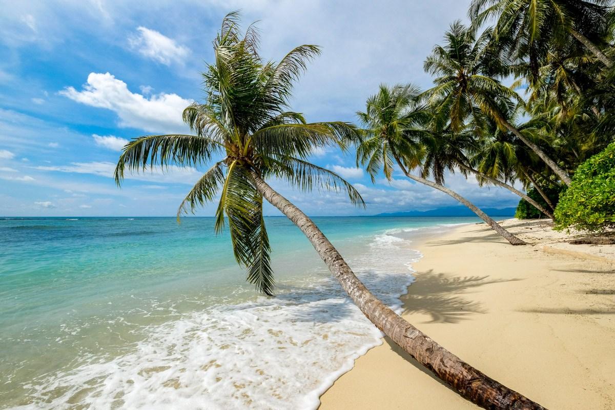 Pulau Karang Beras Sumatra Indonesia Island Beach