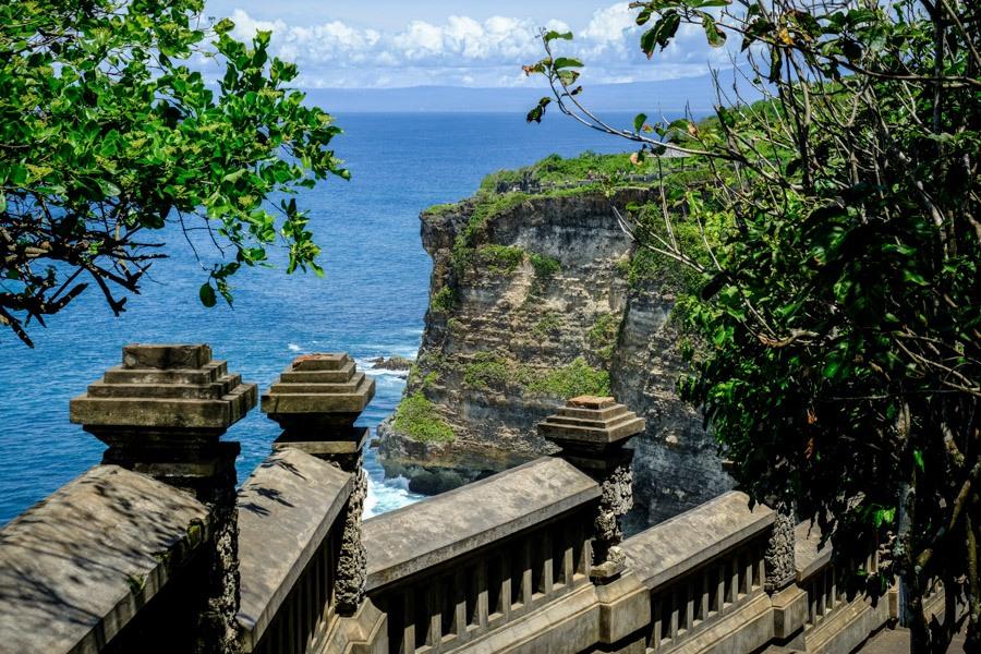 Cliff railings