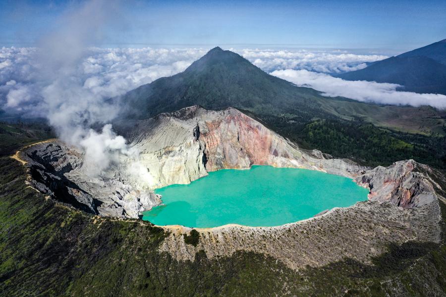 Kawah Ijen Mount Bromo Java Indonesia