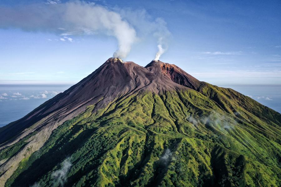 Pulau Siau Island Gunung Karangetang Sulawesi Indonesia