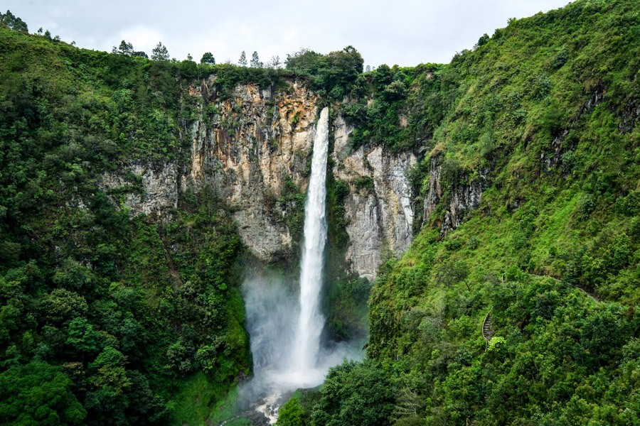 Indonesia Waterfall Guide Best Waterfalls In Indonesia Sipiso Piso Waterfall In Berastagi North Sumatra